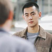 Nguyên nhân rụng tóc nam ở tuổi 20 – Giải đáp mọi băn khoăn của bạn